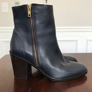 J. Crew Navy Blue Leather Wyatt Boots Size 6.5